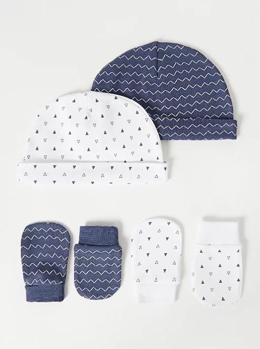 набір шапочок та царапок біло блакитні з трикутниками George